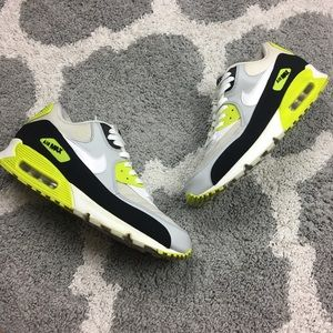 NIKE | Air Max 90 Essential Training Sneakers